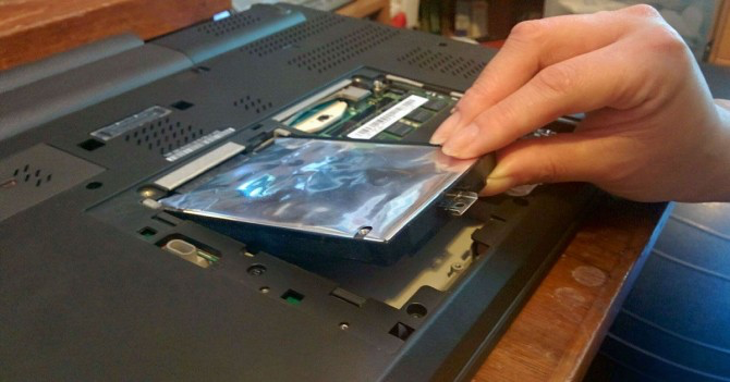 Replace the hard drive on a PC